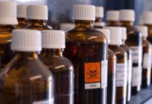 laboratório reagentes